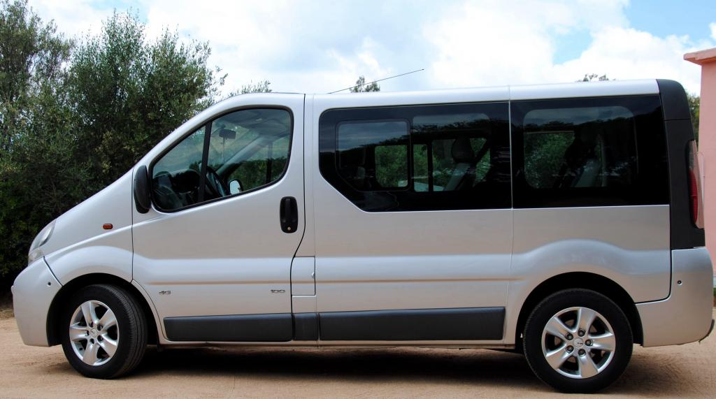 economy mini bus rental kokkini chani
